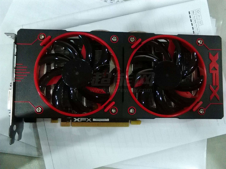 AMD: La Radeon R9 380X bientôt annoncée ?